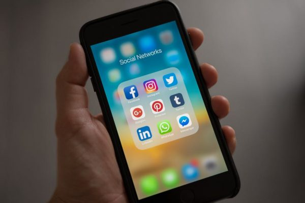4 Tips for Becoming a Social Media Influencer